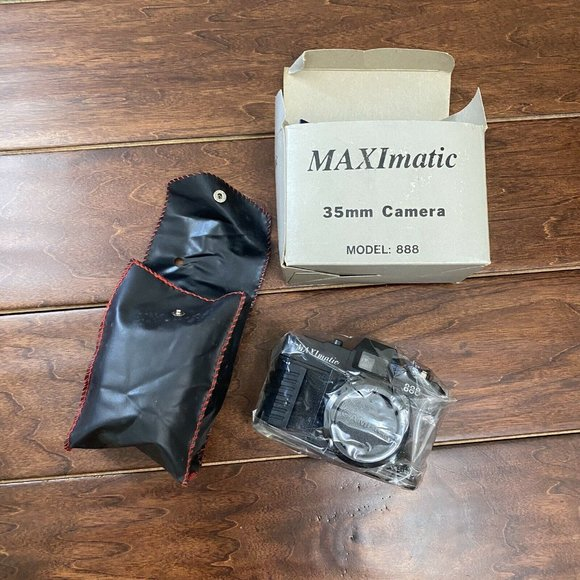 Maxim 35mm Camera Model 888 New In Box With Case